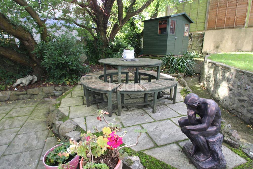 4 Bedrooms Semi Detached House for sale in Abbey Road, Torquay
