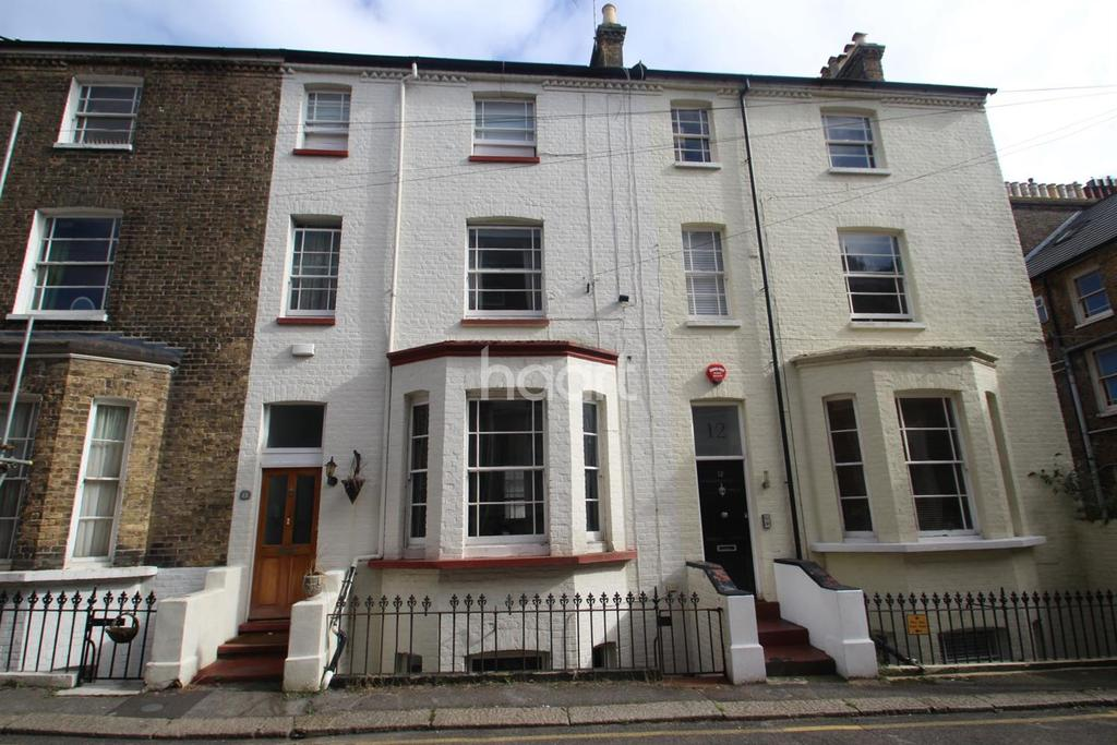 6 Bedrooms Terraced House for sale in Chandos Road,Broadstairs,CT10