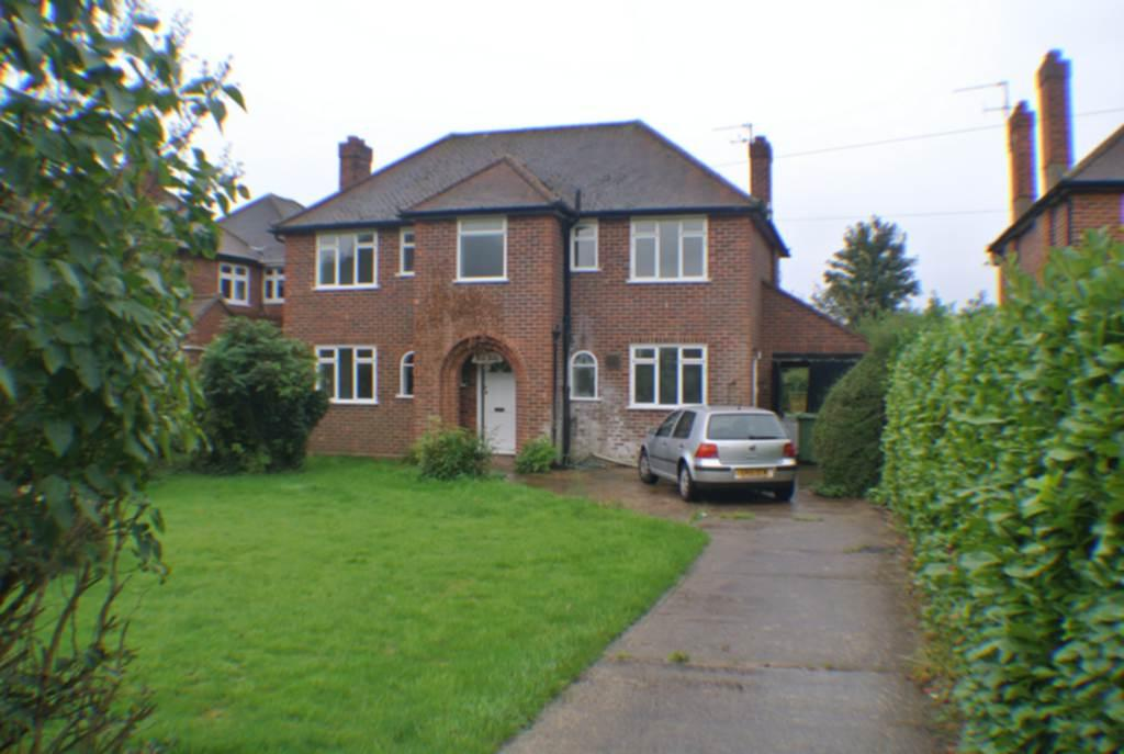 3 Bedrooms House for sale in Marlow Road, High Wycombe, HP11