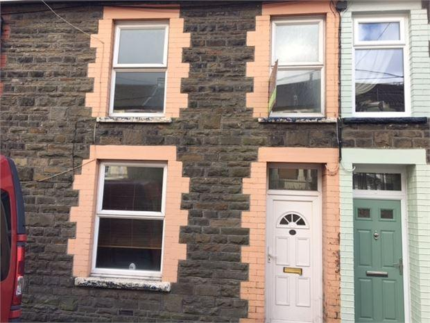 2 Bedrooms End Of Terrace House for rent in Conway Road, Cwmparc, Treorchy, CF42 6UR