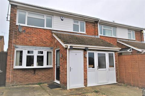 3 bedroom semi-detached house to rent - Thetford Mews, Caversham Park, Reading