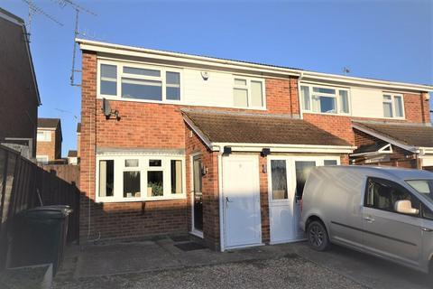 4 bedroom semi-detached house to rent - Thetford Mews, Caversham Park, Reading