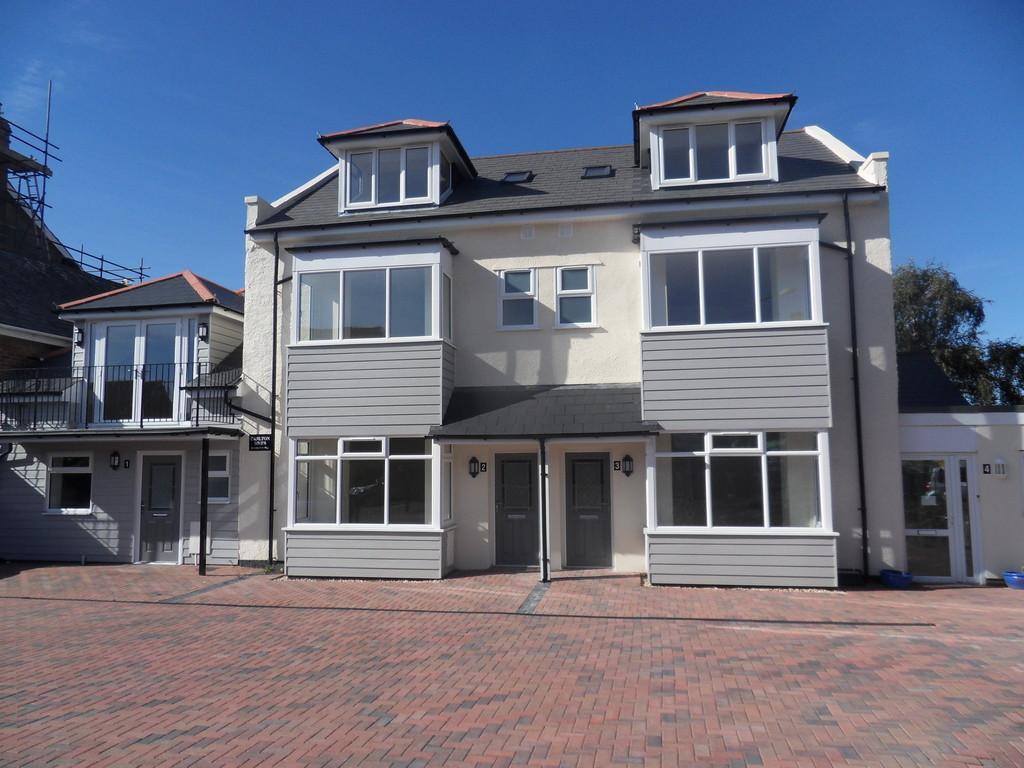 4 Bedrooms Town House for sale in Carlton Hill, Exmouth