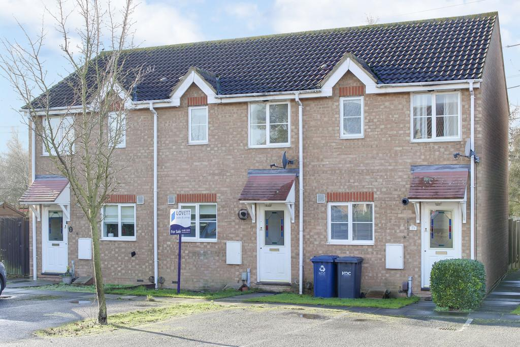 2 Bedrooms Terraced House for sale in Admirals Way, Eaton Socon, St. Neots
