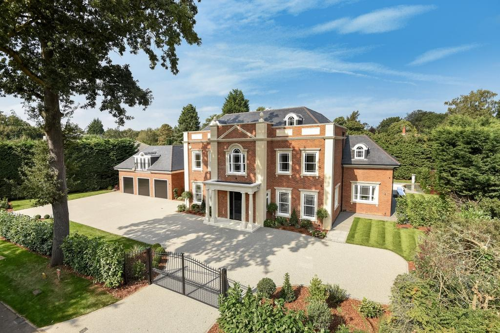 7 Bedrooms Detached House for sale in Burwood Park