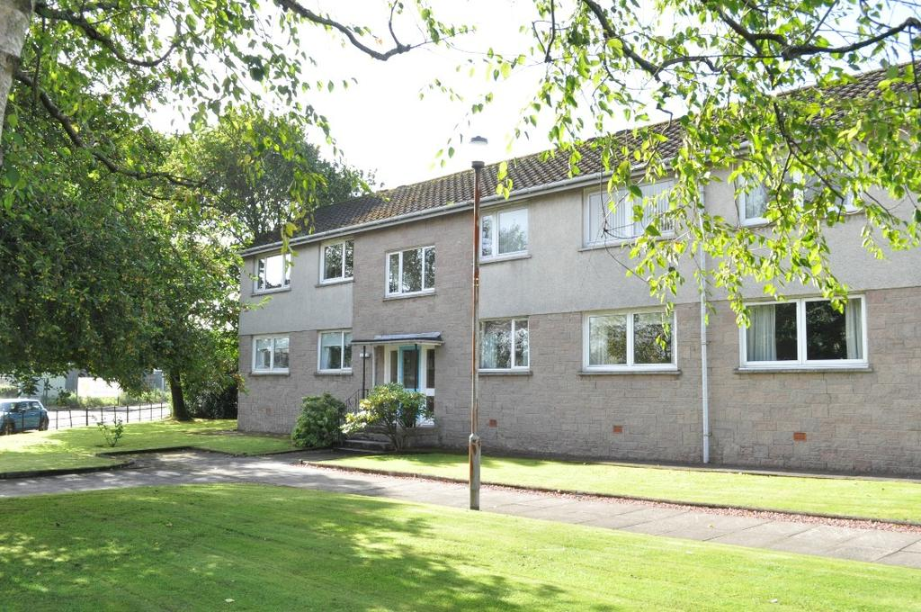 1 Bedroom Flat for sale in Queens Court , Milngavie , East Dunbartonshire, G62 6QA