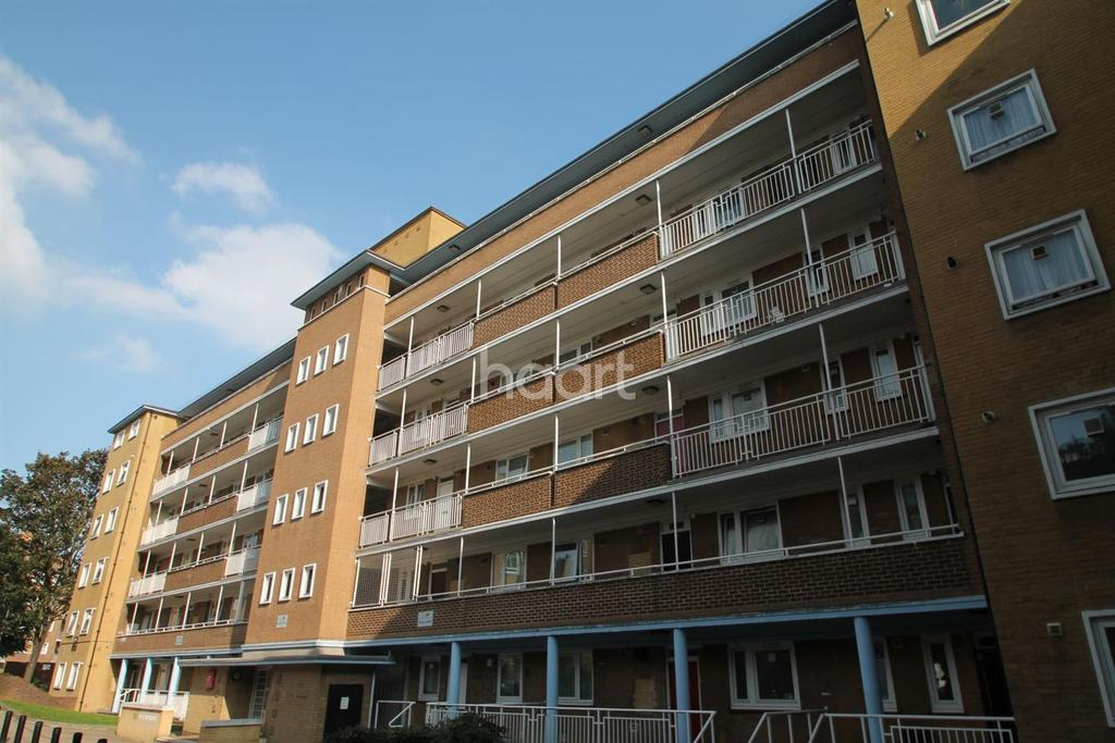 3 Bedrooms Flat for sale in High Trees, Tulse Hill, SW2