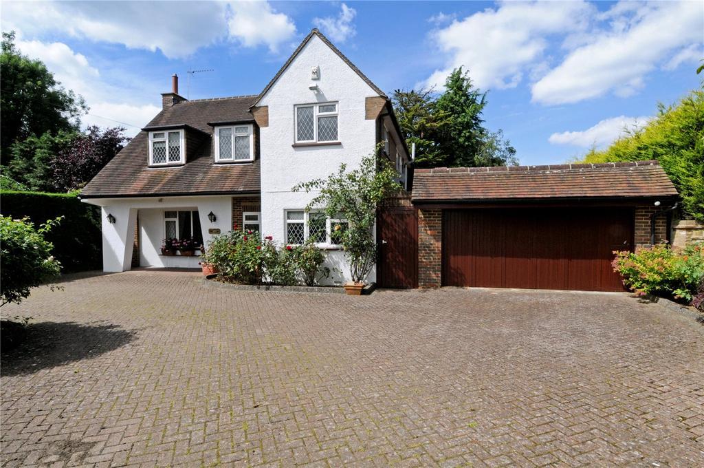 4 Bedrooms Detached House for sale in Babylon Lane, Lower Kingswood, Tadworth, Surrey, KT20