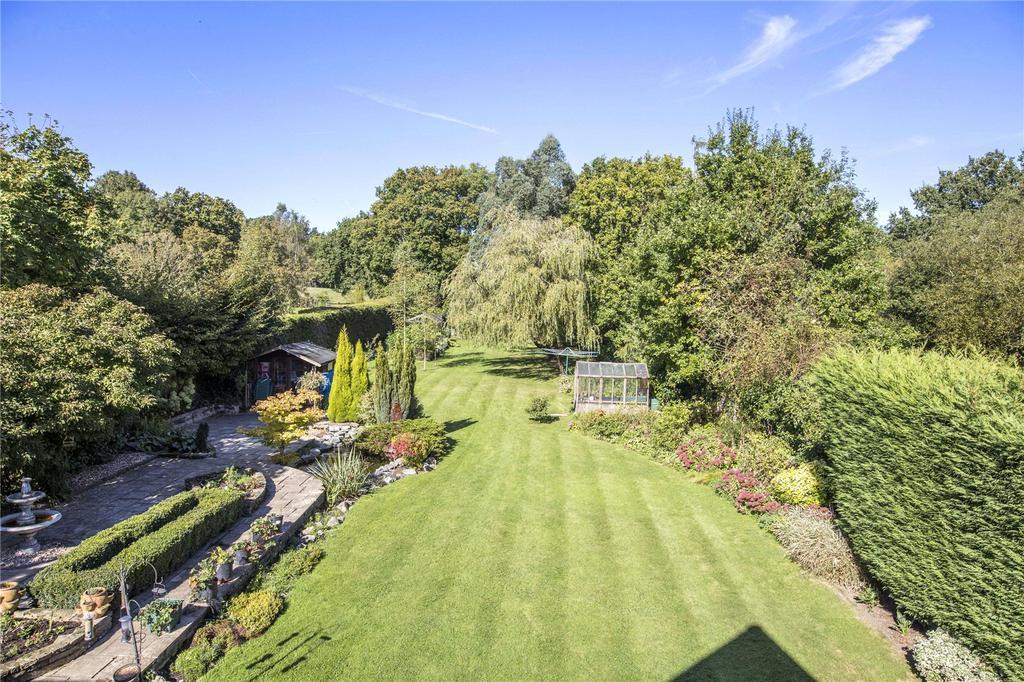 4 Bedrooms Detached House for sale in Dean Oak Lane, Leigh, Reigate, Surrey, RH2