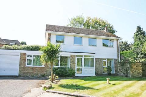 3 bedroom detached house to rent - Kennedy Close, Farnham Common, Buckinghamshire SL2