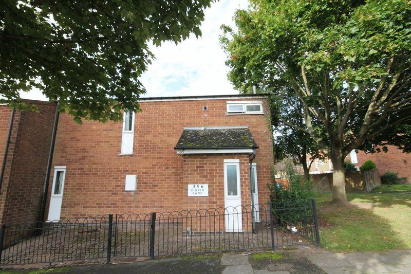 3 Bedrooms Semi Detached House for sale in SINFIN LANE, DERBY