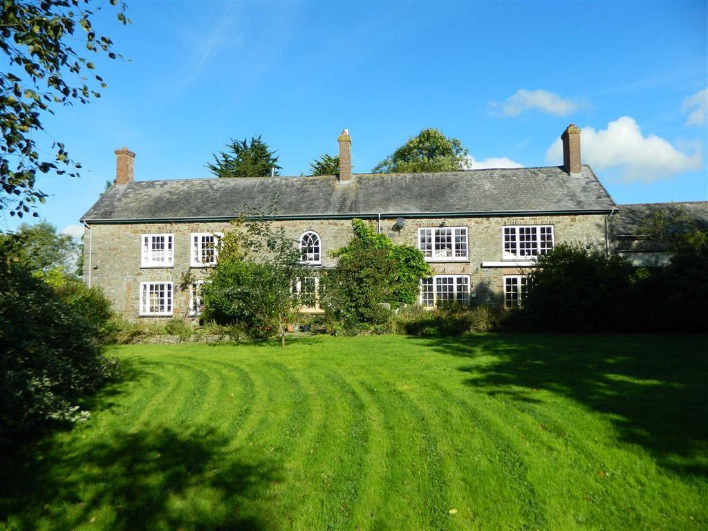 5 Bedrooms Detached House for sale in Newtown, Bishops Nympton, South Molton, Devon, EX36