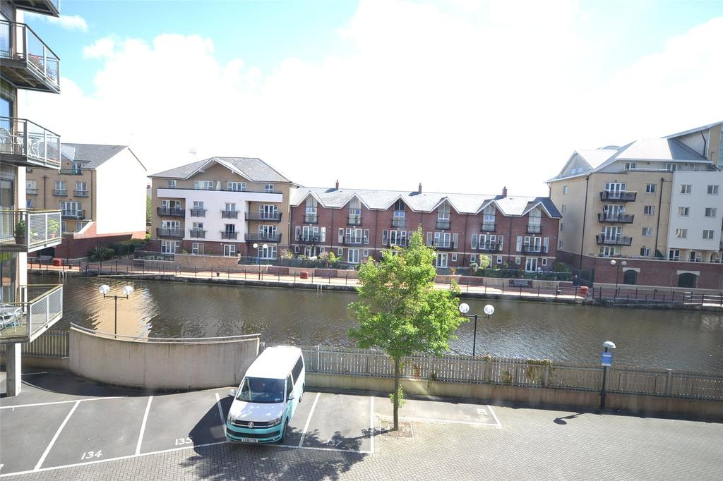 2 Bedrooms Apartment Flat for sale in Capella House, Falcon Drive, Cardiff Bay, Cardiff, CF10