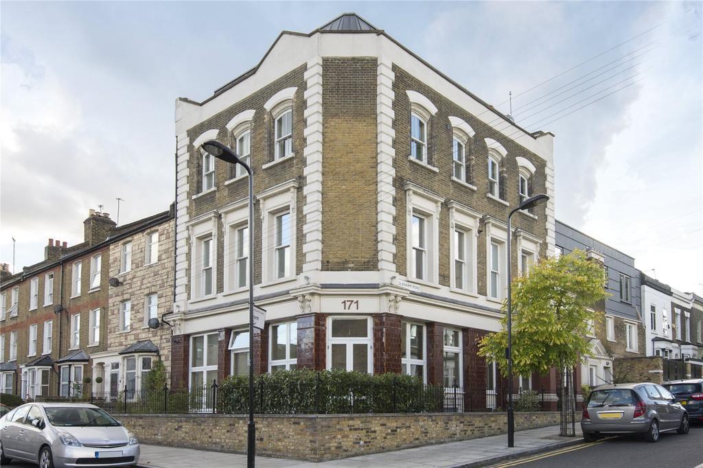 2 Bedrooms Flat for sale in Glyn Road, London, E5