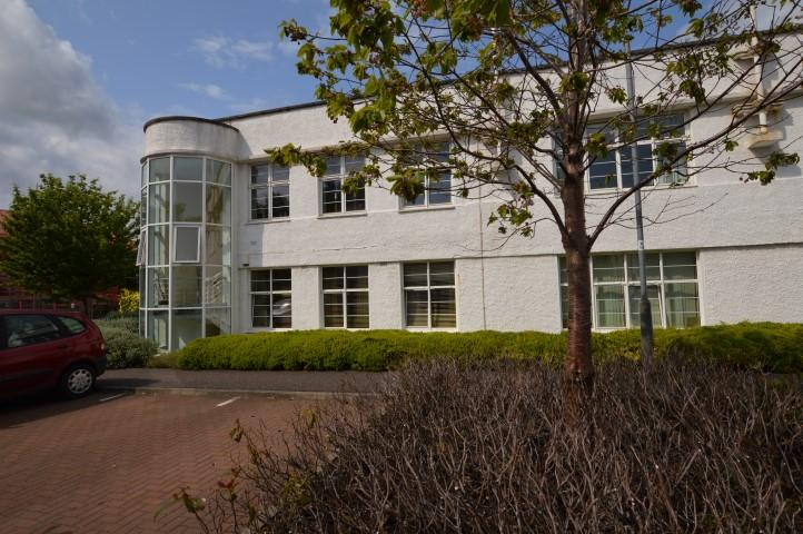 1 Bedroom Ground Flat for sale in 5 Cairnhill View, Bearsden, G61 1RR