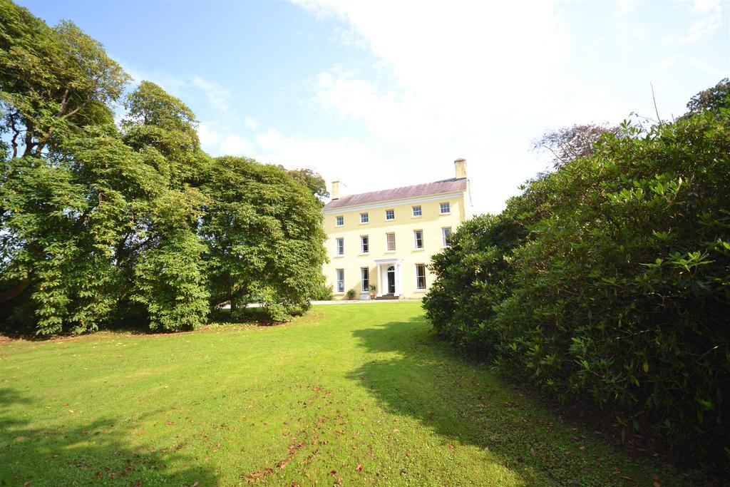 8 Bedrooms Land Commercial for sale in Uplands, Carmarthen