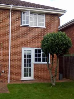1 bedroom apartment to rent - Briar Dene, Maidenhead