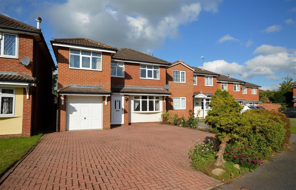 5 Bedrooms Detached House for sale in Mortimer Drive, Sandbach