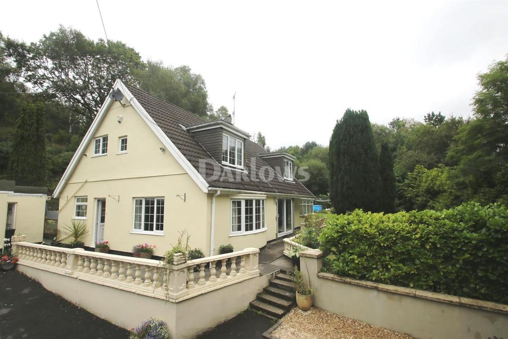 5 Bedrooms Bungalow for sale in Cwm Ddu Bungalow, Troedyrhiw
