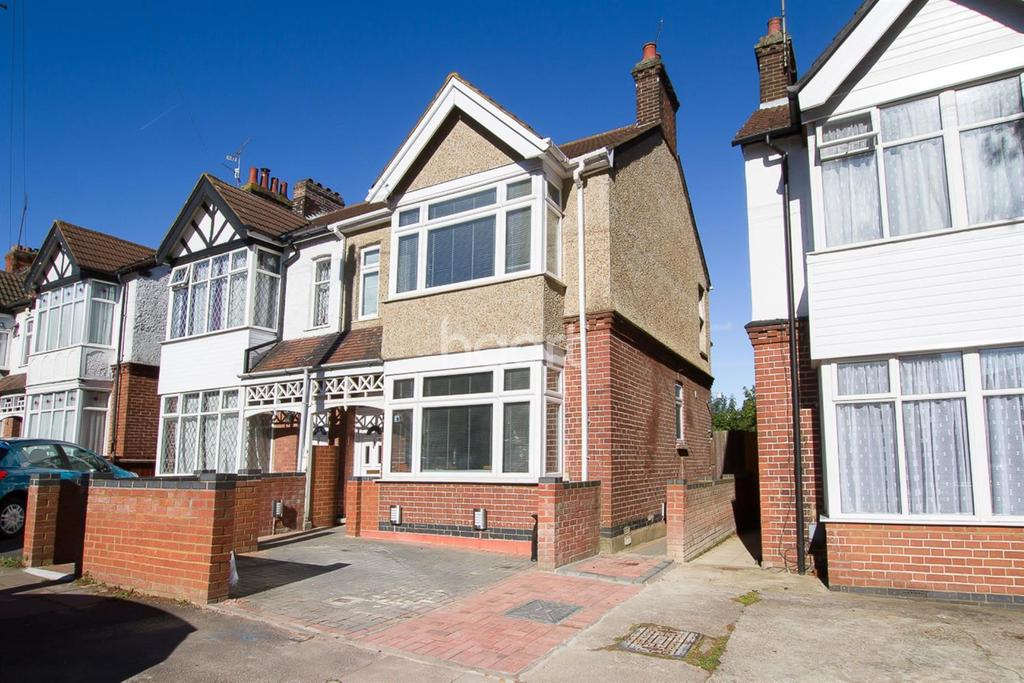 3 Bedrooms Semi Detached House for sale in Alexandra Avenue
