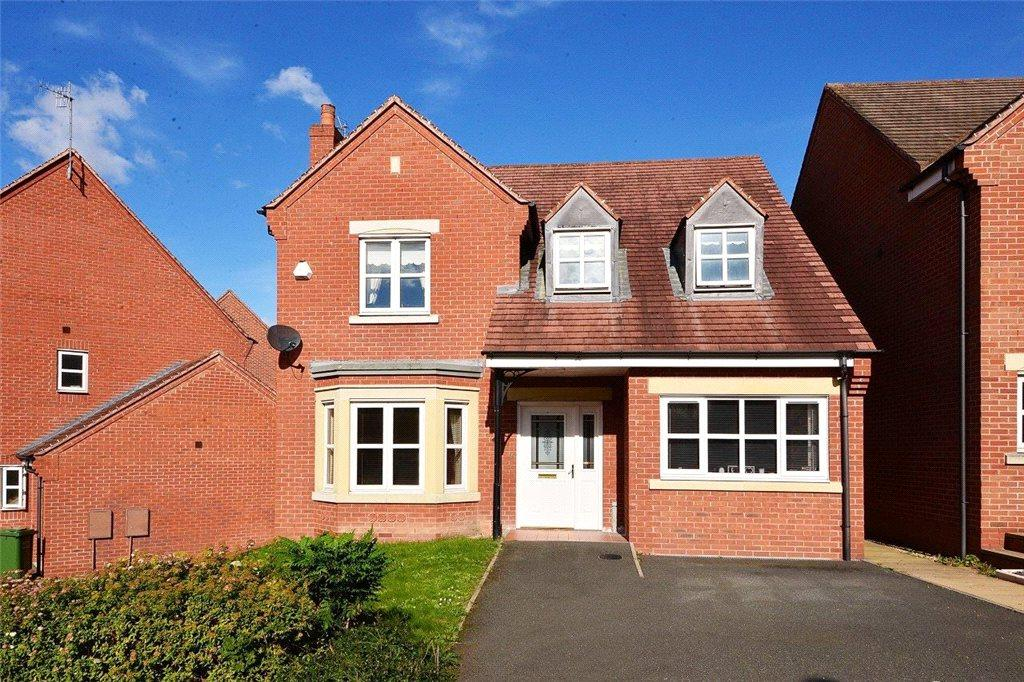 4 Bedrooms Detached House for sale in Ray Mercer Way, Kidderminster, DY10