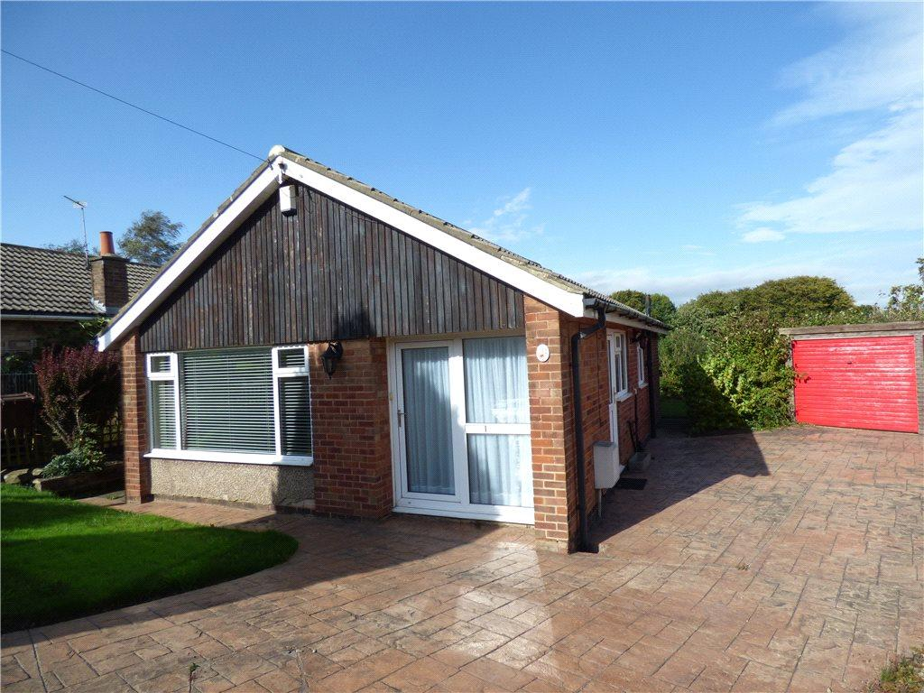 2 Bedrooms Detached Bungalow for sale in Garthwaite Mount, Allerton, Bradford