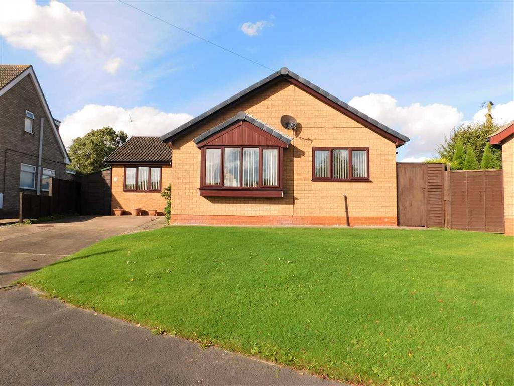 3 Bedrooms Bungalow for sale in HILLSIDE CRESCENT, BARNETBY