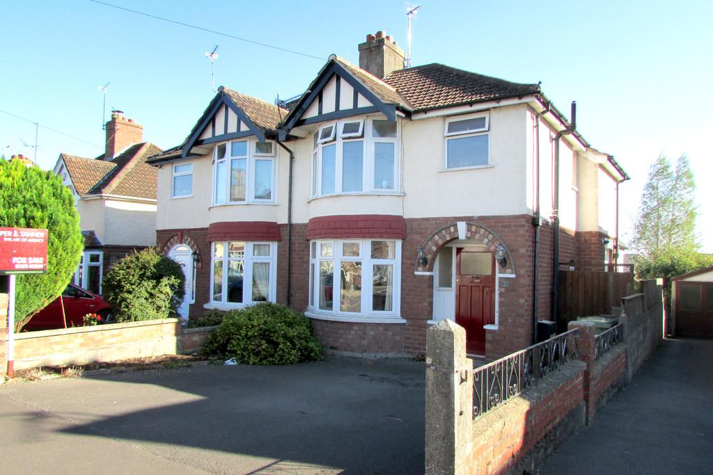 3 Bedrooms Semi Detached House for sale in Windsor Crescent, Frome