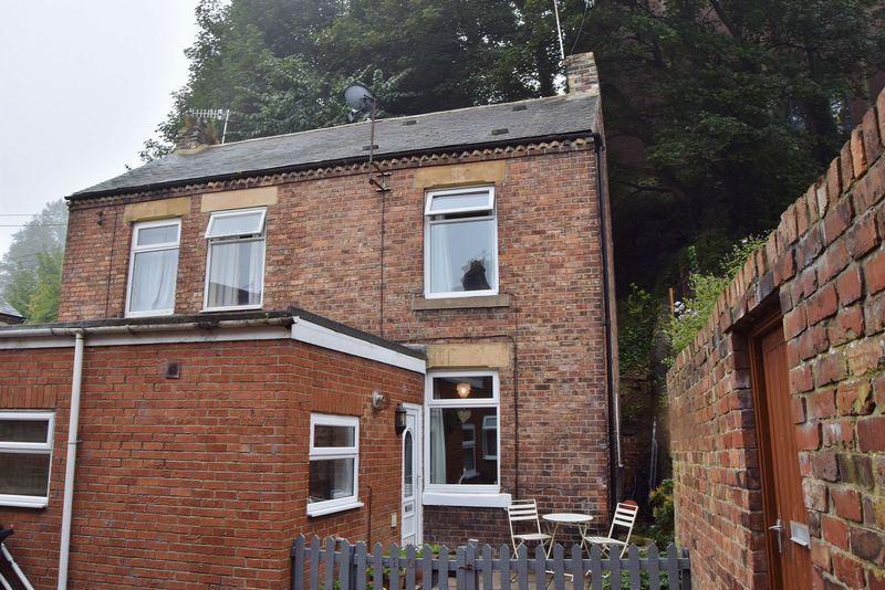 2 Bedrooms Semi Detached House for sale in Haugh Lane, Hexham