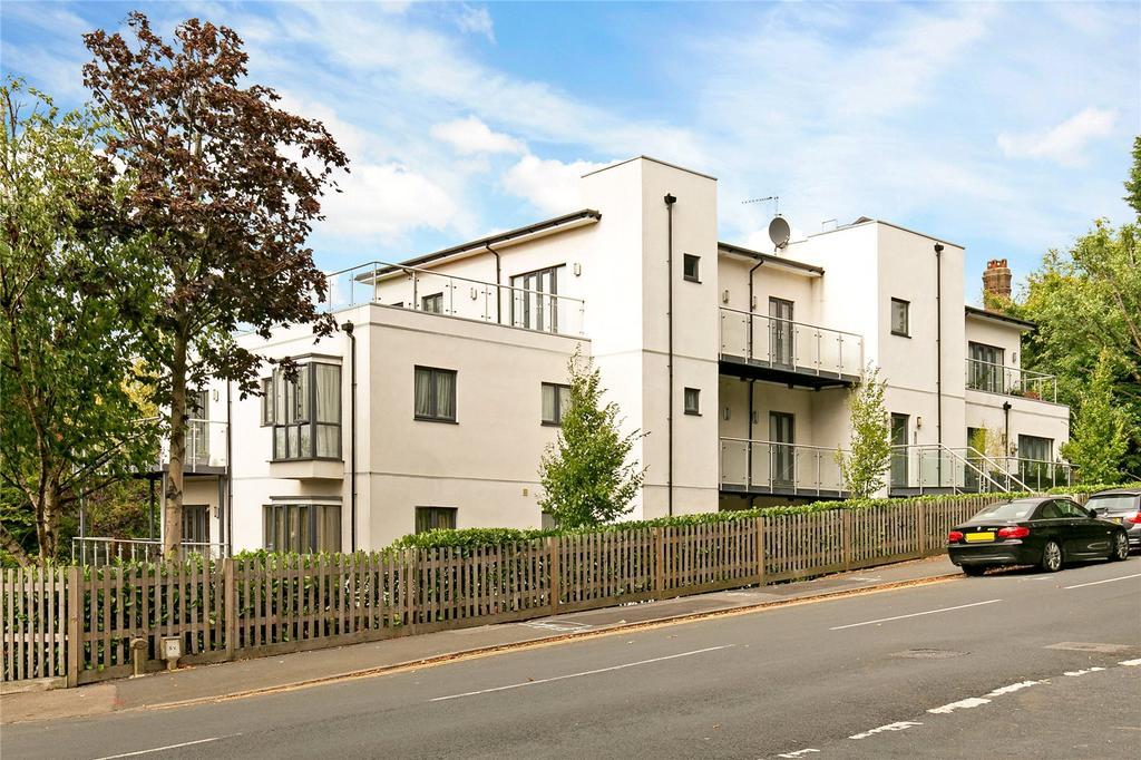 2 Bedrooms Penthouse Flat for sale in The Edge, Mount Harry Road, Sevenoaks, Kent, TN13