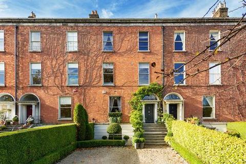 5 bedroom house - 25 Raglan Road, Dublin  4