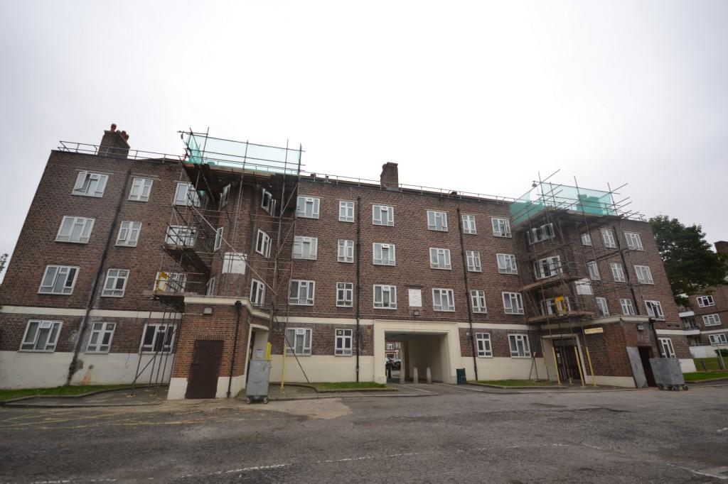 4 Bedrooms Apartment Flat for sale in Holdsworth House Tulse Hill, Tulse Hill, London, SW2