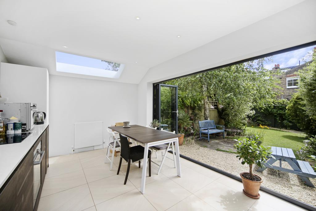 2 Bedrooms Flat for sale in Kenyon Street, SW6
