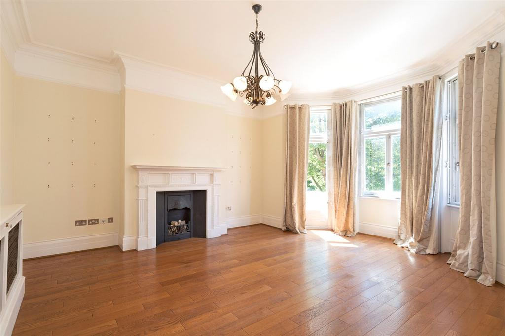 3 Bedrooms Flat for sale in Neville Court, Abbey Road, London