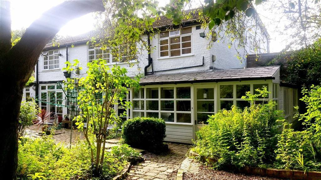 3 Bedrooms House for sale in Wilmslow Road, Withington, Manchester