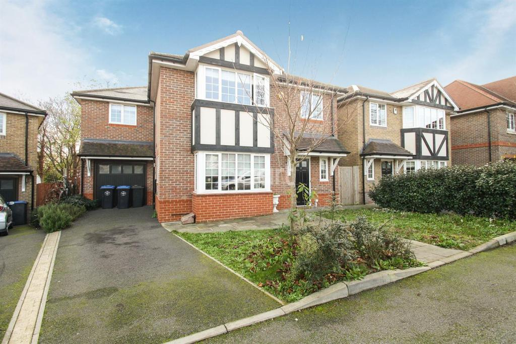 5 Bedrooms Detached House for sale in Daisy Close, London