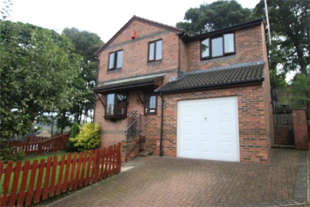 4 Bedrooms Detached House for sale in Ealand Road, BATLEY, West Yorkshire