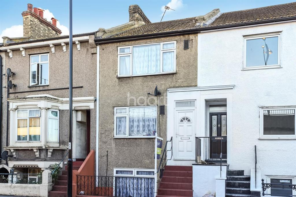 4 Bedrooms Terraced House for sale in Cuthbert Road, Croydon, Surrey, CR0