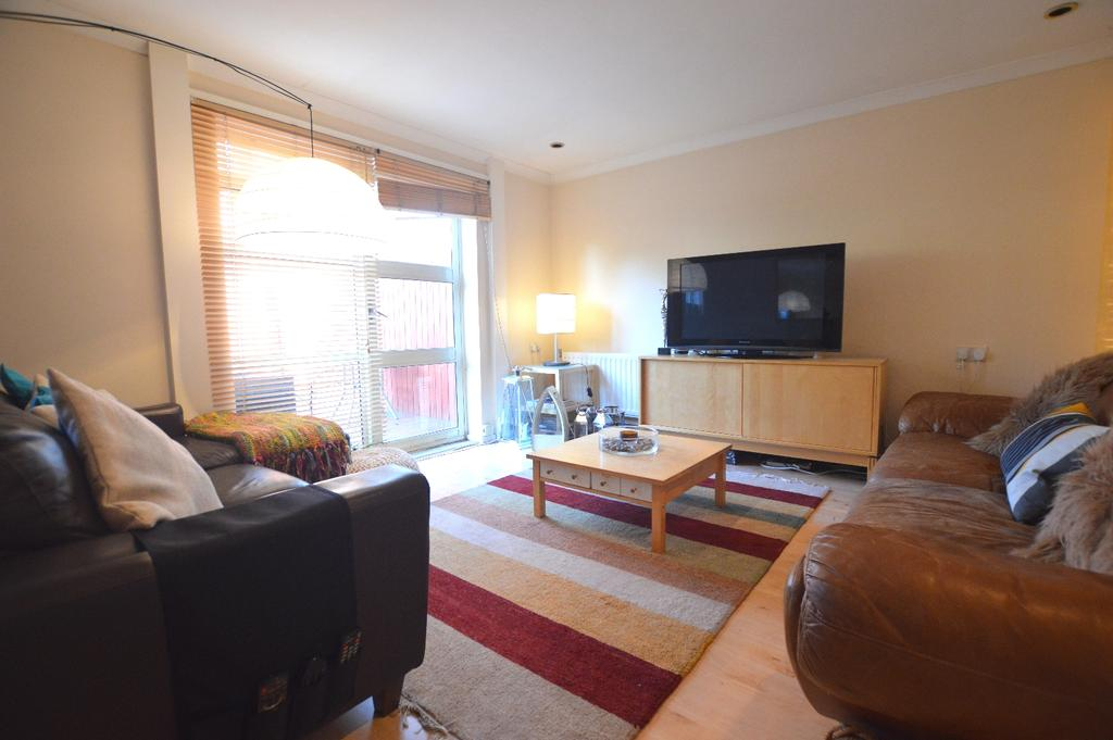 3 Bedrooms End Of Terrace House for sale in Mayow Road London SE23