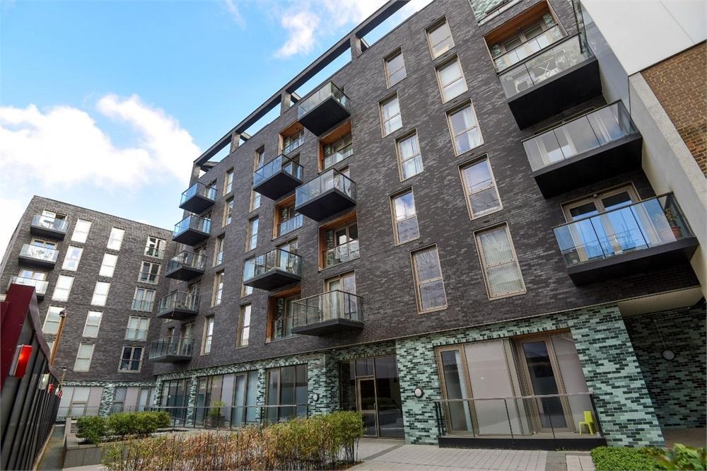 3 Bedrooms Flat for sale in Haven Way, London Bridge, SE1