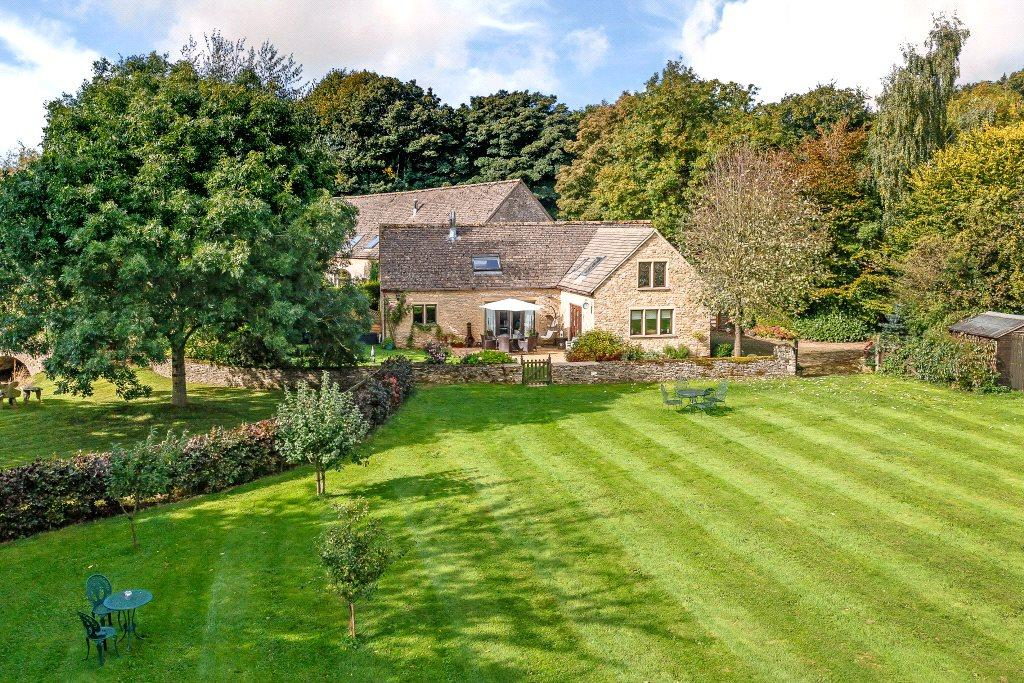 3 Bedrooms Detached House for sale in Downs Mill, Frampton Mansell, Gloucestershire, GL6