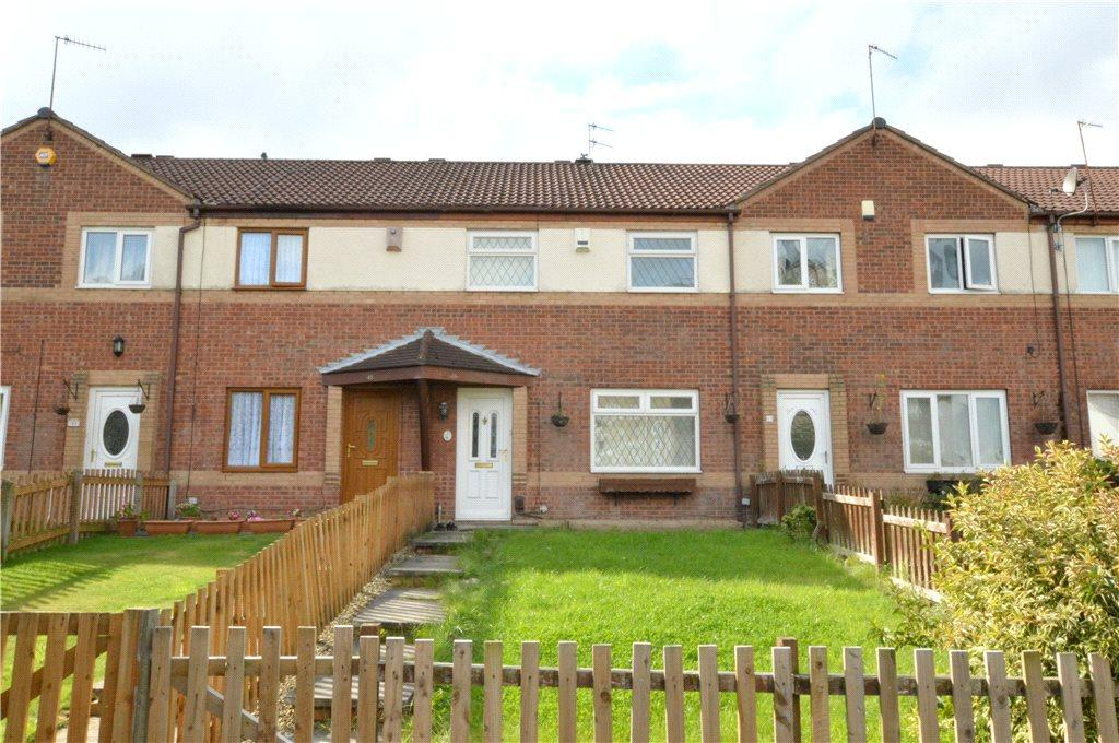 3 Bedrooms Terraced House for sale in Raynville Rise, Bramley, Leeds