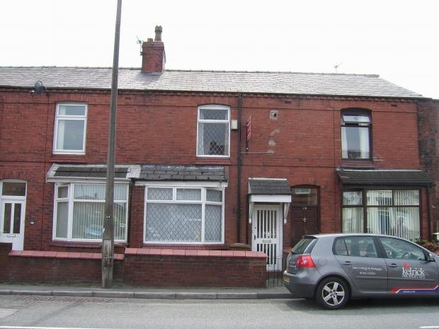 2 Bedrooms Terraced House for rent in Elephant Lane Thatto Heath St Helens