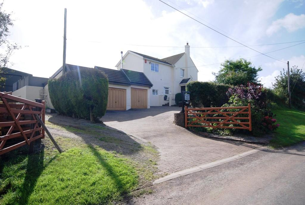 4 Bedrooms Detached House for sale in Ton Breigam, Llansannor, Near Cowbridge, Vale of Glamorgan, CF72 9JX