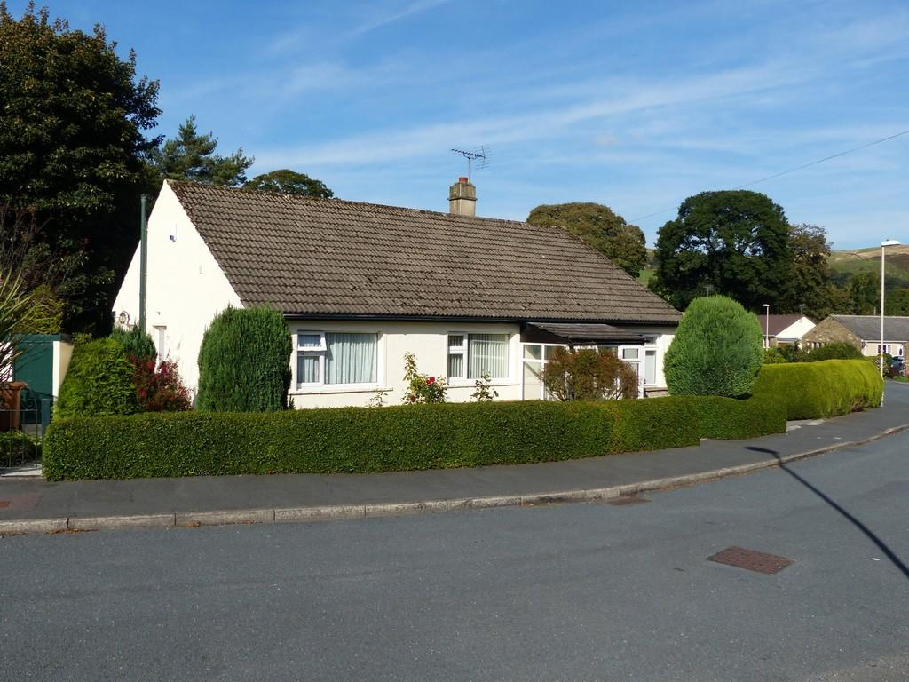 3 Bedrooms Detached Bungalow for sale in Fell View, Embsay