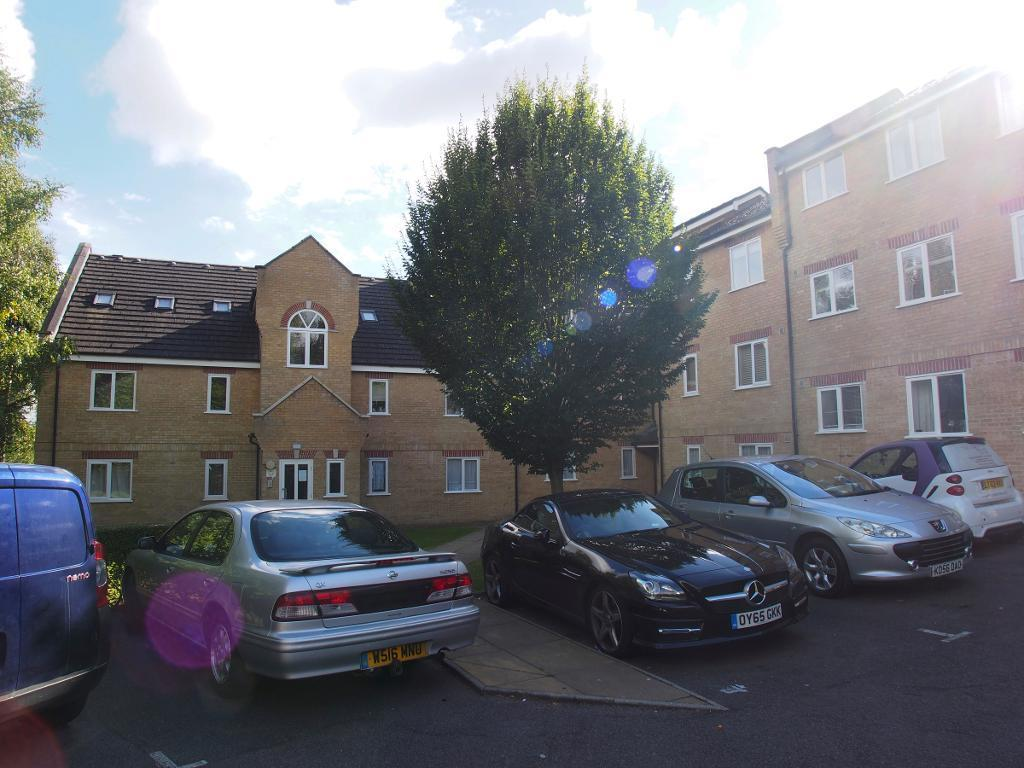 2 Bedrooms Flat for sale in kirkland drive, London, EN2 0RJ
