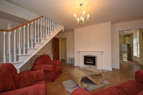 2 bedroom apartment to rent - Fitzwilliam Suite, Claremont House