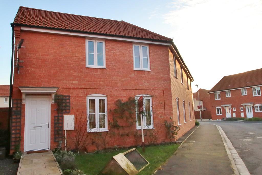 2 Bedrooms Flat for sale in Sharpham Road, Glastonbury