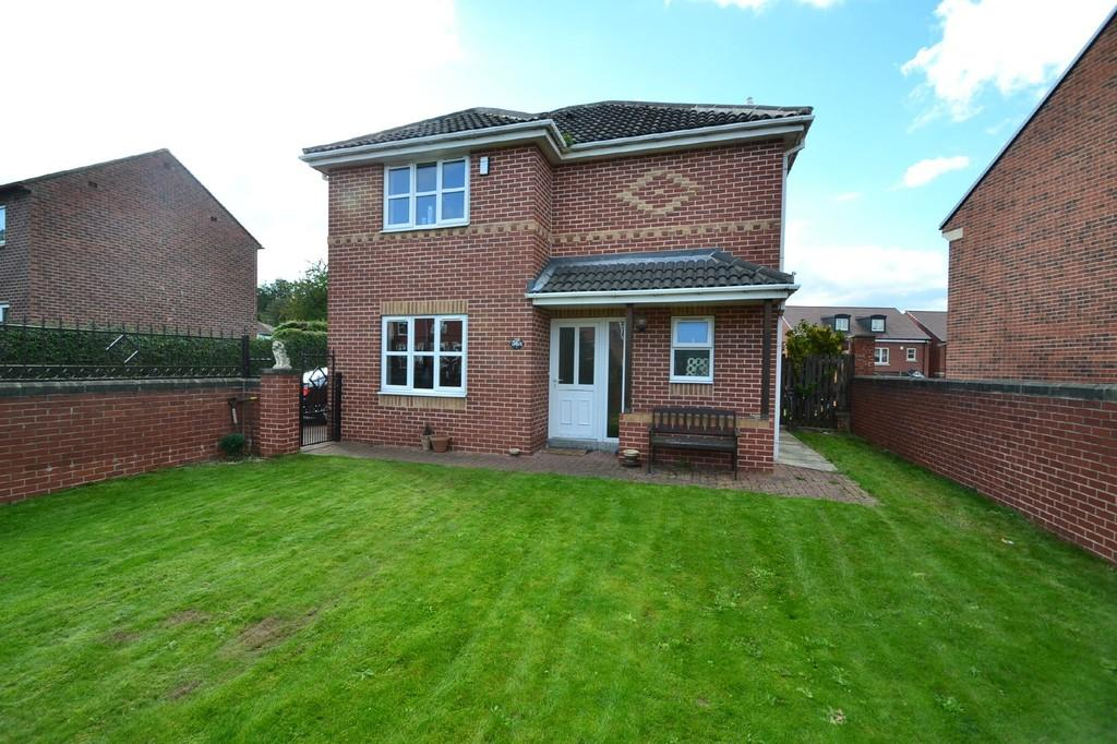 3 Bedrooms Detached House for sale in Kirkby Road, Hemsworth