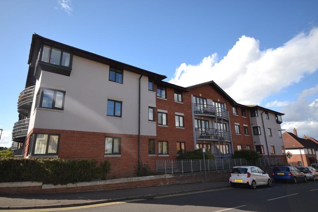 2 Bedrooms Apartment Flat for sale in Station Street, Saffron Walden